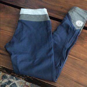 Pure barre splits 59 blue leggings small